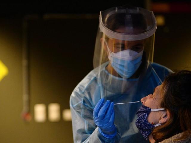 Coronavirus en Belgique: la moyenne des nouvelles infections quotidiennes repasse sous la barre des 2.000 (infographie)