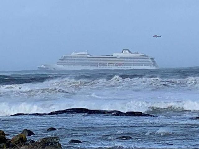 Norvège: 1.300 personnes évacuées d'un navire de croisière (photo+vidéo)
