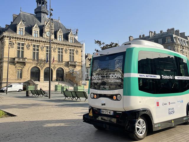 La RATP étend le parcours de sa navette autonome du bois de Vincennes à la ville