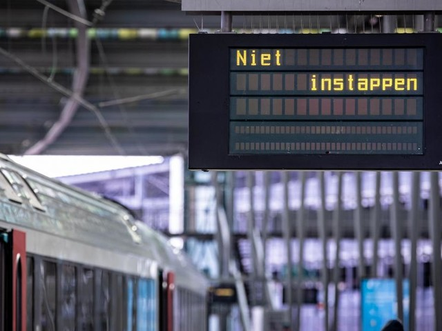Trafic ferroviaire perturbé: la circulation des trains reprend à Bruges