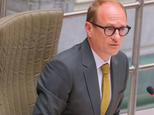 Ben Weyts débloque des fonds supplémentaires pour des mesures sanitaires dans les écoles