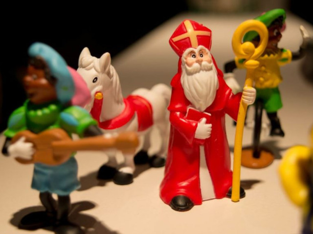 Na Bol.com weert nu ook Amazon alle Zwarte Piet-producten
