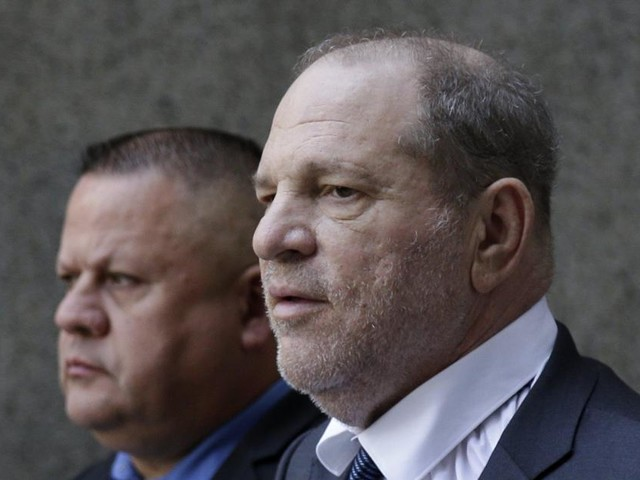 Affaire Harvey Weinstein: déjà accusé par plus de 80 femmes et inculpé pour viol, Weinstein fait face à un nouvel acte d'accusation
