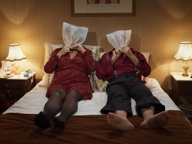 """[Trailer] Découvrez l'humour acide et politiquement incorrect d'""""Oranges sanguines"""""""