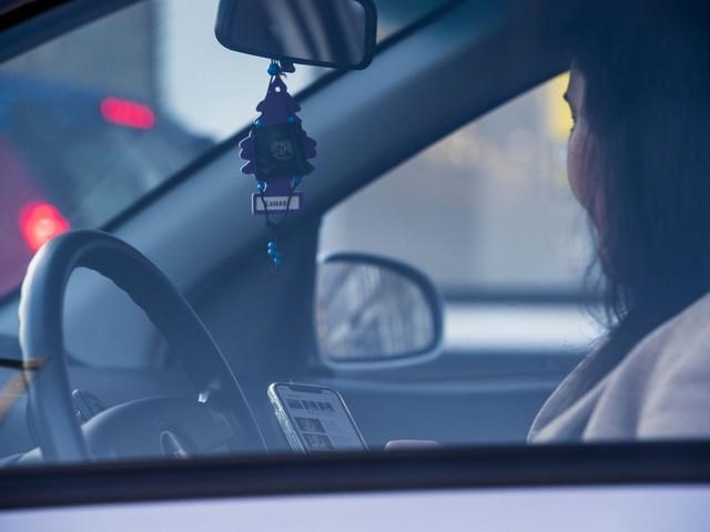 9 bestuurders betrapt met gsm achter het stuur in Heusden-Zolder