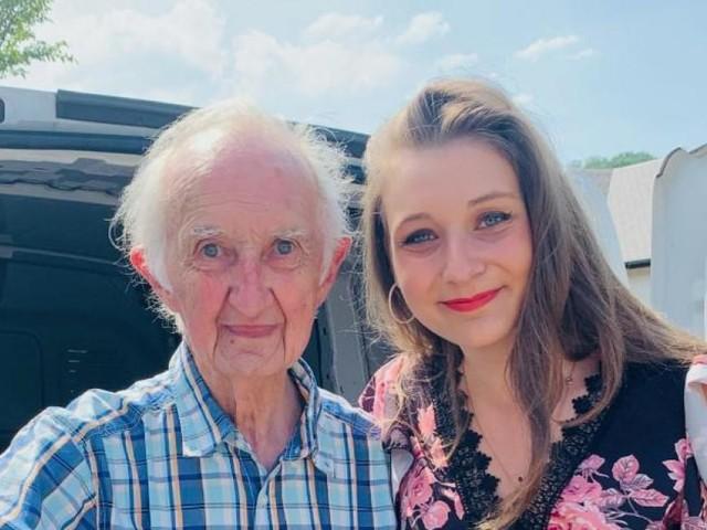 Océane (21 ans), de Strépy, organise une collecte de dons pour un sinistré de 91 ans : «Paul m'appelle 'Mon amoureuse'»
