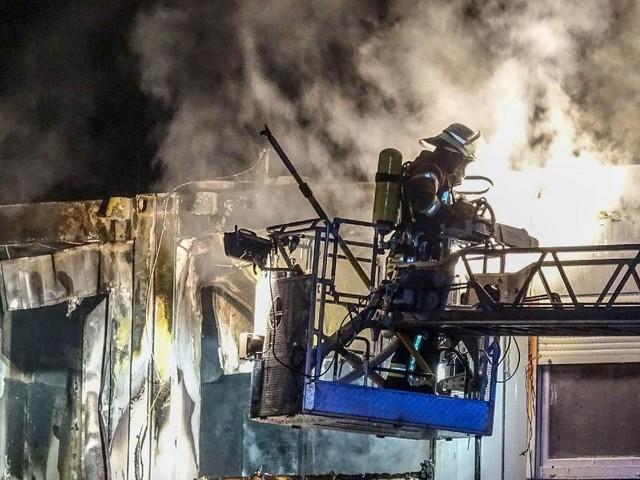 Pompier volontaire, Philip est appelé pour un incendie à une adresse qu'il connaît bien: «Quelque chose que l'on ne veut pas vivre une seconde fois»