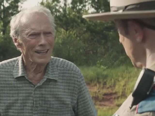 3 raisons de voir La Mule, l'histoire étonnante d'un grand-père trafiquant de drogue