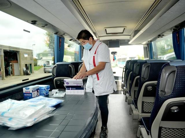 Sneltestbus rijdt voor de eerste keer uit naar 12 scholen in West-Vlaanderen
