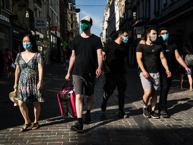 Brusselaars zijn regels moe: 'Helft draagt geen masker'