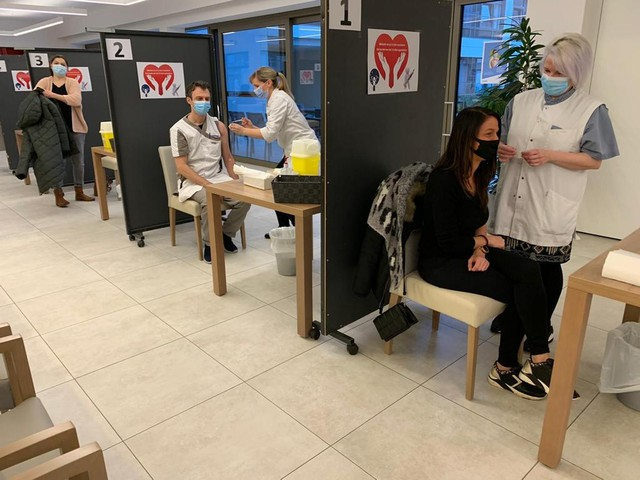 Eerste vaccinaties in Woonzorgcentrum Eyckendael