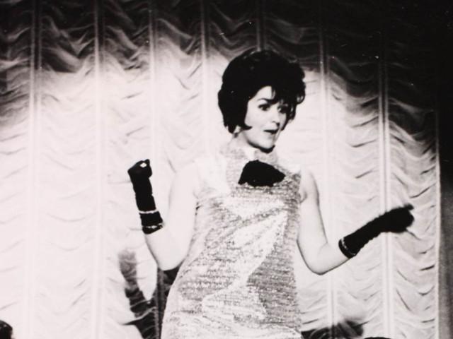 """Zwarte Lola (""""van de stripteasebar"""") is op haar 90e overleden"""