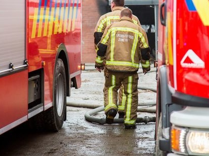"""Deux pompiers sont décédés suite à un important incendie: """"Le signal a été donné de se retirer, deux collègues manquaient à l'appel"""""""