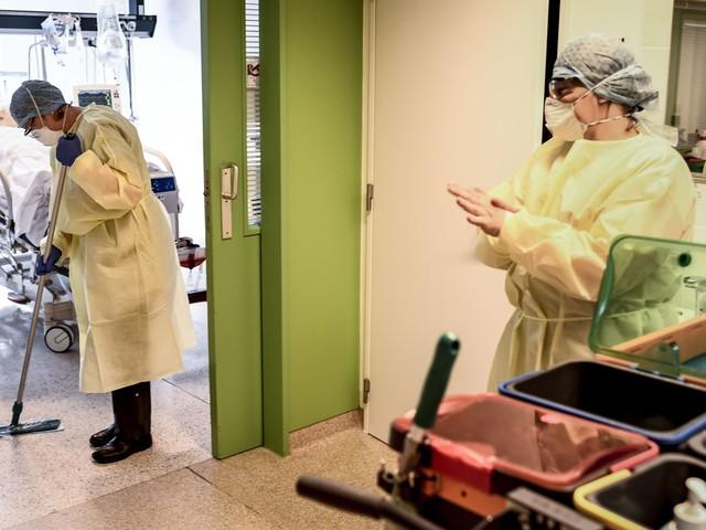 Voor het eerst meer dan 10.000 nieuwe coronabesmettingen