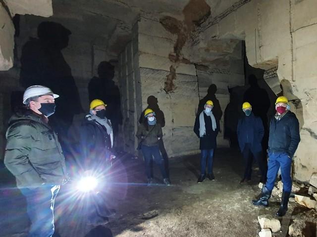Vlaams minister Diependaele belooft Riemstse erfgoedproblemen te onderzoeken