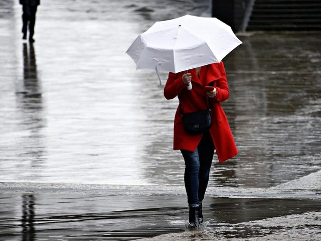 KMI waarschuwt voor intense buien: code geel voor onweer in heel Limburg