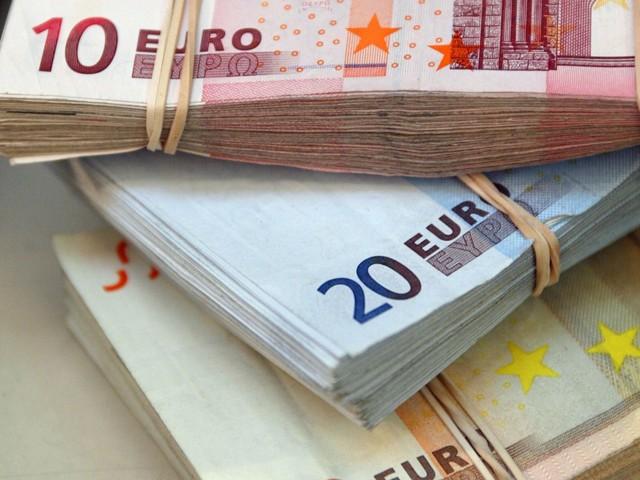 Pyrénées-Orientales : deux millions d'euros saisis sur une autoroute