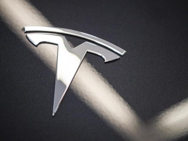 Aux Etats-Unis, des régulateurs enquêtent sur l'accident d'une Tesla apparemment sans conducteur