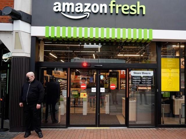Amazon ouvre son premier magasin sans caisse d'Europe