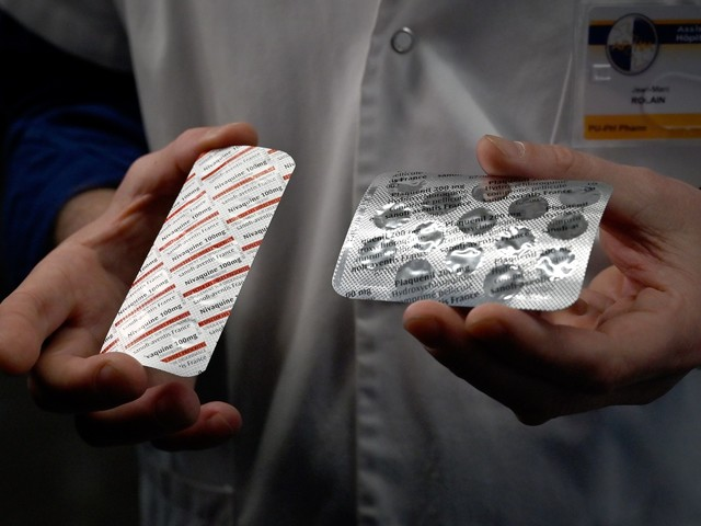 """Coronavirus : Possibles """"effets secondaires graves"""" des traitements"""