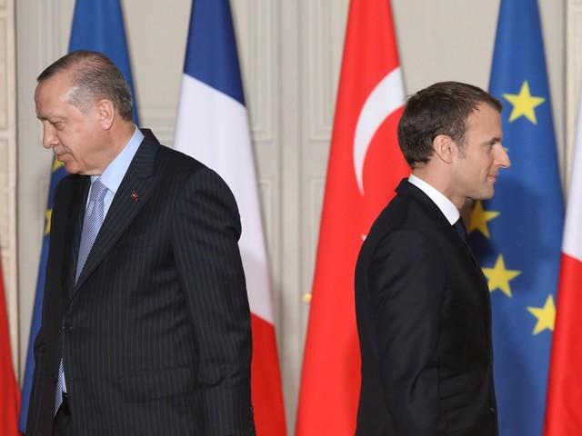 Propos de Macron sur l'islam : appels au boycott de produits français dans des pays musulmans