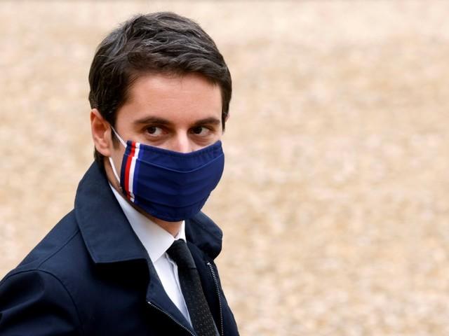 """Confiner Paris? La proposition de la mairie sera """"étudiée"""" malgré des réserves, dit Attal"""