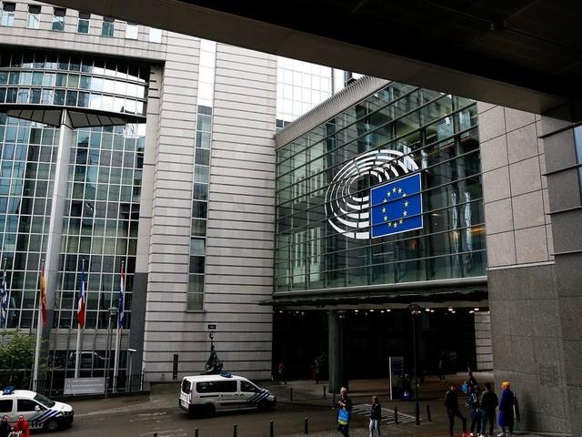 """Banques: les eurodéputés """"inquiets"""" de la nomination d'un régulateur européen à la tête d'un lobby"""