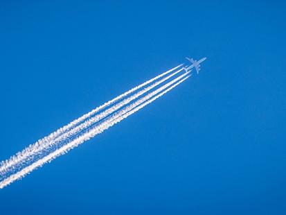 Suppression de vols intérieurs : découvrez les alternatives qui s'offrent à vous