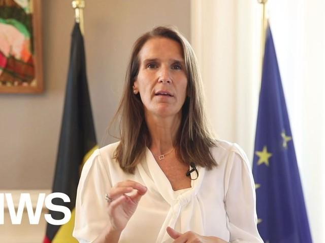 """Premier Wilmès in videoboodschap: """"Zorgwekkende cijfers. Allemaal ons best doen om hardere maatregelen te voorkomen"""""""