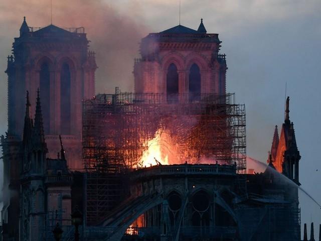 Des cloches électriques à l'origine de l'incendie à Notre-Dame?