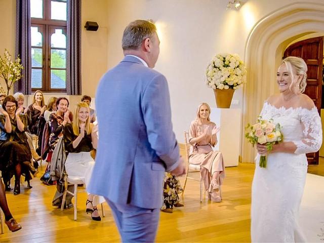 Blind getrouwd : wie fotografeert de trouwende huwelijksfotograaf?