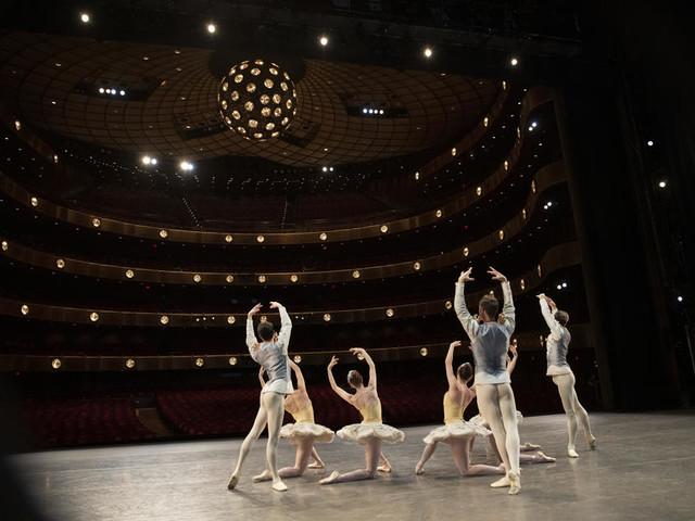 Le New York City Ballet reprend vie devant la caméra de Sofia Coppola