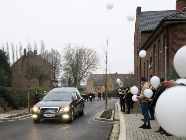 """Hulde aan plots overleden zorgkundige Sabine (50): """"Ze zal erg gemist worden"""""""