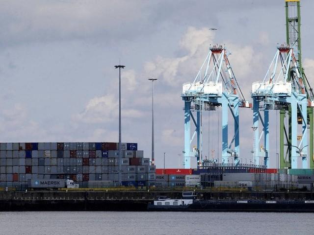 Un pétrolier toujours immobilisé à Zeebrugge après la détection d'un foyer de coronavirus