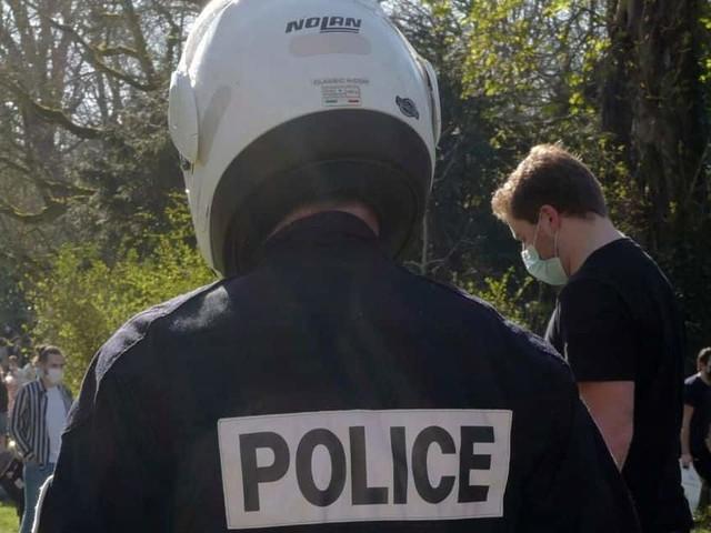 Deuxième nuit de violences urbaines en France, à la frontière belge
