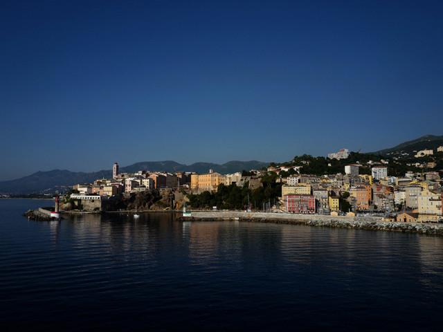 Les gendarmes interrompent une fête clandestine de plus de 100 personnes près de Bastia