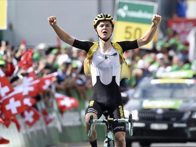 Antwan Tolhoek klimt naar eerste profzege in Zwitserland, Egan Bernal maakt indruk