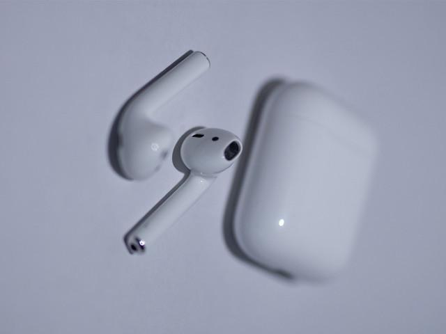 Étudiants: les AirPods sont offerts pour l'achat d'un Mac ou d'un iPad