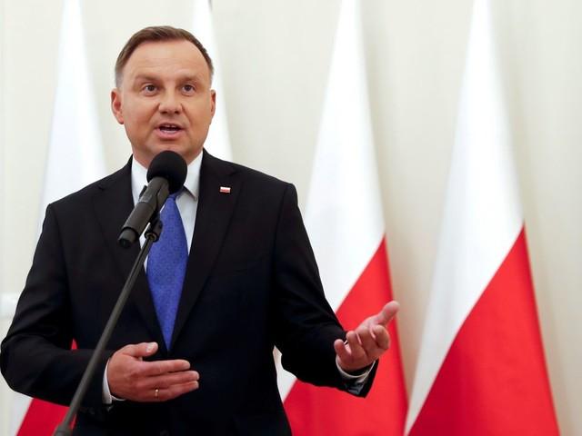 Le président polonais positif au coronavirus, Swiatek en quarantaine