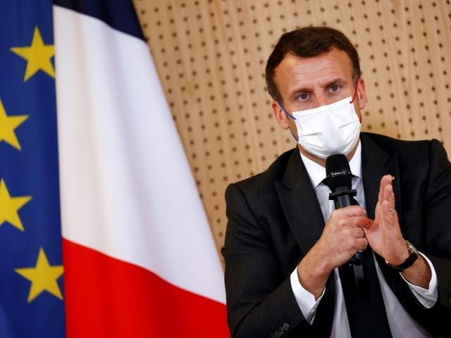 """Macron veut """"un grand débat national sur la consommation de drogue"""""""