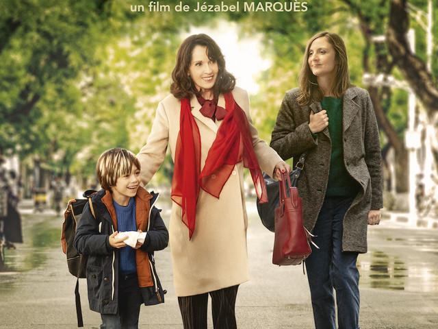 Bande-annonce du film Sol, avec Chantal Lauby et Camille Chamoux.