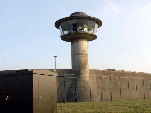 Les centres de vaccination de dix prisons vont vacciner le personnel à partir de début mai