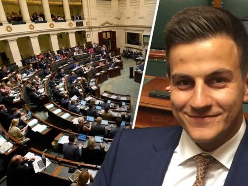 Kamer op stelten bij eedaflegging: Dries Van Langenhove wil niet wijken, Waalse partijen huiveren voor Vlaams Belang-parlementslid