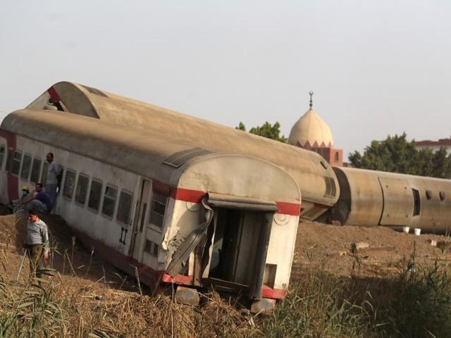 Près de 100 blessés dans un nouvel accident de train en Égypte