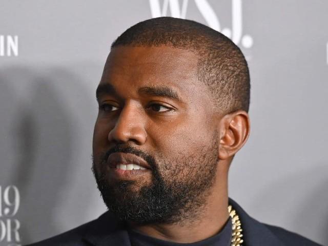 """Ne dites plus Kanye West, mais bien """"Ye"""": le rappeur a officiellement changé de nom"""