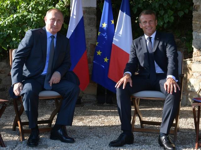 Macron probeert Europese relatie met Poetin te ontdooien