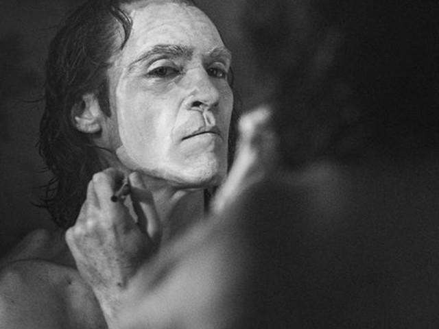 Joker : La métamorphose de Joaquin Phoenix en Dark Phoenix !