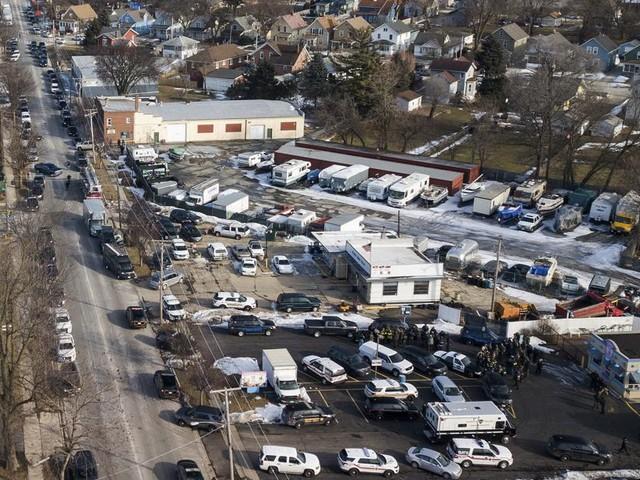 Schietpartij in Illinois: vier agenten neerschoten, meerdere burgers gewond