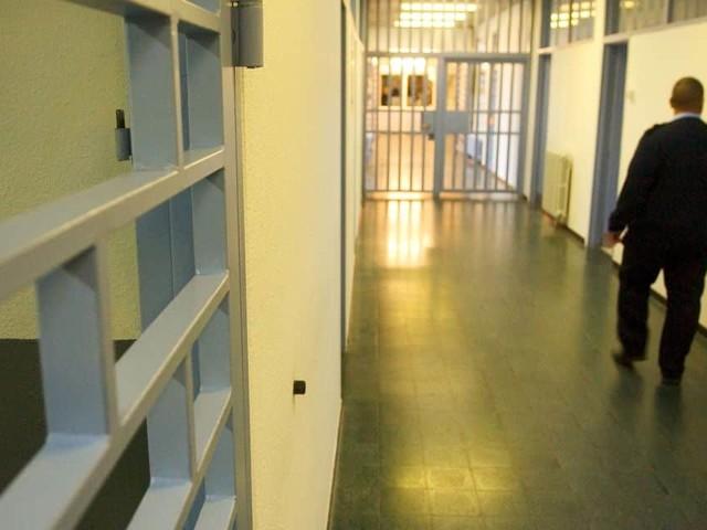 Prisons: les syndicats suspendent leur préavis de grève sous conditions