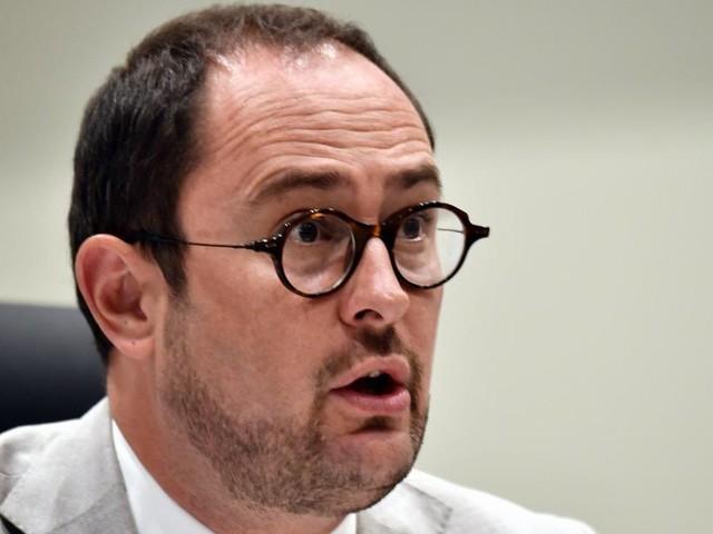 L'ex-ministre Vincent Van Quickenborne (Open Vld) porte plainte pour calomnie contre le Vlaams Belang